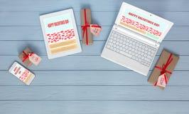 Werkende Plaats van Webontwerper op Valentijnskaartendag Royalty-vrije Stock Fotografie
