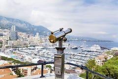 In werking gesteld muntstuk binoculair bij het gezichtspunt in Monaco, Frankrijk Stock Foto