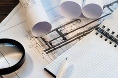 Werkplaats van de blocnote van Project van de ingenieursontwerper met exemplaarruimte royalty-vrije stock fotografie