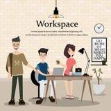 Werkplaats van de ontwerper Ontwerp van modern huisbureau Het groepswerk is uitwisseling van ideeën voor zaken Stock Foto's