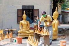 Werkstatt für die Produktion von Buddhas Stockfotos