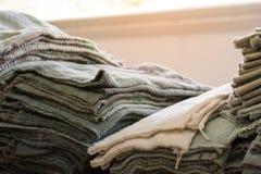 Werkstatt kleidet warmes Innere-schmutzige benutzte harte Arbeits-Tinte Printi Sun Lizenzfreie Stockfotografie