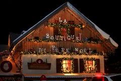 Werkstatt-Santa Claus-Holzhausfassade Stockfotografie