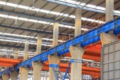 Werkstattdachstahlträger der industriellen Industrieproduktion Stockfotografie