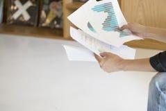 Werktag und Kommunikationssitzung am Entspannungstag Lizenzfreie Stockbilder