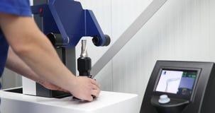 Werktuigmachine in metaalfabriek met het boren van cnc machines royalty-vrije stock afbeelding