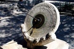 Werkzeug der zeitlichen Regelung in alten China-Sonnenuhren Stockfotos