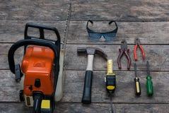 Werkzeug-rustikaler hölzerner Hintergrund Stockbild