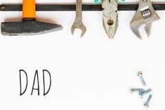 Werkzeuge auf Papierblatt Lizenzfreie Stockbilder
