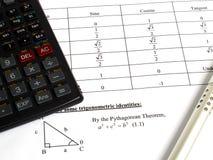 Werkzeuge für die Berechnung von Mathe Stockfotos
