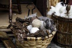 Werkzeuge für die Herstellung der Wolle lizenzfreies stockbild