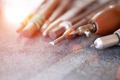 Werkzeuge f?r das Arbeiten an einem Granit stockbild