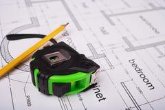 Werkzeuge und Bauplan Stockbilder