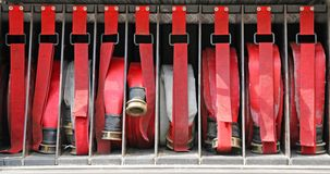 Werkzeuge weg abzufeuern von den Feuerwehrmännern, Stockfotografie