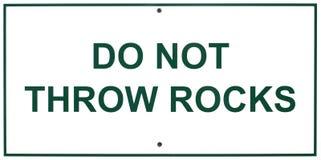 Werp rotsen geen teken Royalty-vrije Stock Fotografie