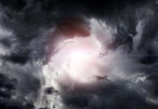 Wervelwind in de Wolken Stock Fotografie
