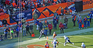 Wes welker catches a touchdown. Throw form Peyton manning stock image