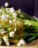 Wesentliches Schmieröl für aromatherapy stockfotografie