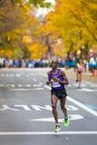 Wesley Korir (Kenia) stelt de 2013 NYC Marathon in werking Royalty-vrije Stock Foto's