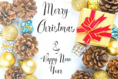 Wesoło boże narodzenia i nowy rok typographical na białym tle w zdjęcia stock