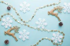 Wesoło boże narodzenia i Szczęśliwy nowy rok Deseniowy piankowy krajacza snowflak Fotografia Royalty Free