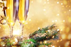 Wesoło boże narodzenia i Szczęśliwy nowy rok Nowego roku ` s tło z nowy rok dekoracjami Nowego roku ` s karta Fotografia Royalty Free