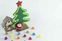 Wesoło boże narodzenia, Szczęśliwy nowy rok, Wesoło boże narodzenia i Szczęśliwy nowy rok, choinka Symulują na whit tle Zdjęcie Stock