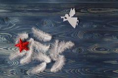 Wesoło bożych narodzeń anioł uskrzydla tło 2007 pozdrowienia karty szczęśliwych nowego roku obraz stock