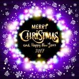 Wesoło bożych narodzeń i Szczęśliwy 2017 nowego roku realistyczne ultrafioletowe kolorowe lekkie girlandy jak round rama na przej Zdjęcia Stock