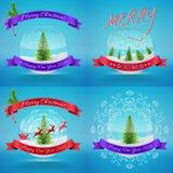 Wesoło bożych narodzeń Szklani Snowballs ustawiający z xmas drzewem Zdjęcie Stock