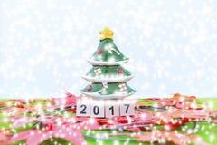 Wesoło bożych narodzeń tło i liczy 2017 t Obraz Royalty Free