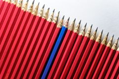 Wesoło ołówek wśród smutnego Zdjęcie Royalty Free