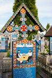 Wesoło cmentarz Sapanta, Maramures, Rumunia Zdjęcia Stock