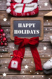 Wesoło bożych narodzeń kartka z pozdrowieniami w czerwieni, bielu i drewnie, - rocznik s Fotografia Royalty Free