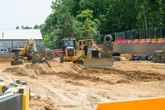 WEST-BERLIJN, NJ - 28 MEI: Diggerland de V.S., bouw als thema gehad avonturenpark Royalty-vrije Stock Foto