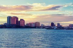 West- Palm Beachskyline Lizenzfreies Stockbild