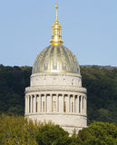 West-Virginia Golden Ornate State Capital-Haube Stockfotos