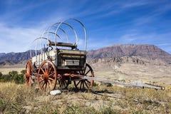 Westelijke behandelde houten wagenbergen Stock Fotografie