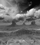 Westen und Osthandschuh Buttes im Mounment-Tal-Park, USA Stockbilder