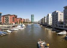 Westhafen塔在港口区域在法兰克福 库存照片