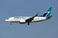 Westjet Airlines Boeing 737-700 airplane Royalty Free Stock Photography