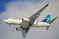 WestJet Boeing 737-700 C-GWCM a Toronto Pearson Fotografia Stock