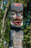 Westküsten-Totempfahl Stockfoto