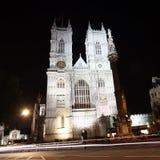 Westminster Abbey på natten Arkivbild