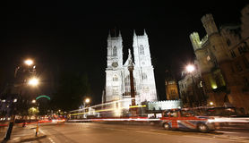Westminster Abbey på natten Arkivfoton