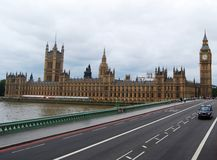 Westminster bro, hus av parlamentet och London Big Ben, UK royaltyfri foto