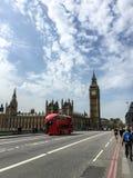 Westminster bro och Big Ben, London, UK Arkivbilder