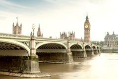 Westminster e Big Ben un bello giorno, Londra - Regno Unito Fotografia Stock Libera da Diritti