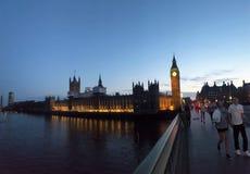 Westminster en la puesta del sol Fotos de archivo libres de regalías
