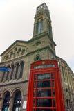 Westminster-Kapelle und Telefonzelle, London, England, Großbritannien Lizenzfreie Stockfotos